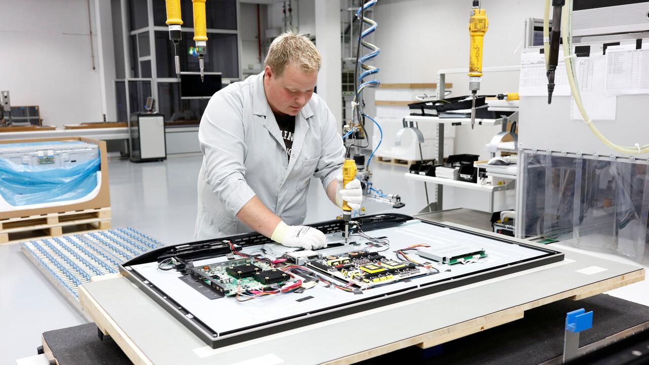 Loewe: Handfertigung für OLED-TVs in Deutschland angelaufen
