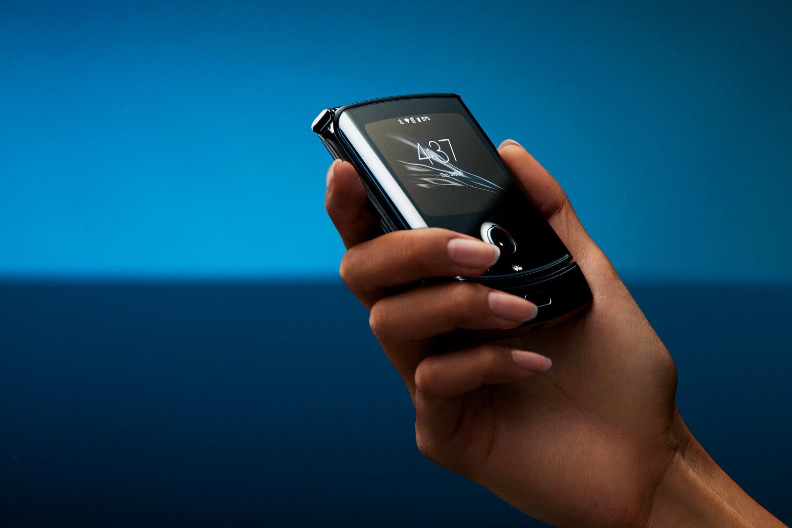 Vor allem das 2,7 Zoll große Mini-OLED soll von Android 10 profitieren