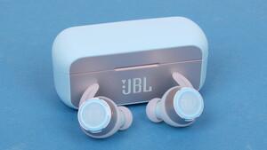 JBL Reflect Flow im Test: Wasserdichter Bass für kabellose Sportler