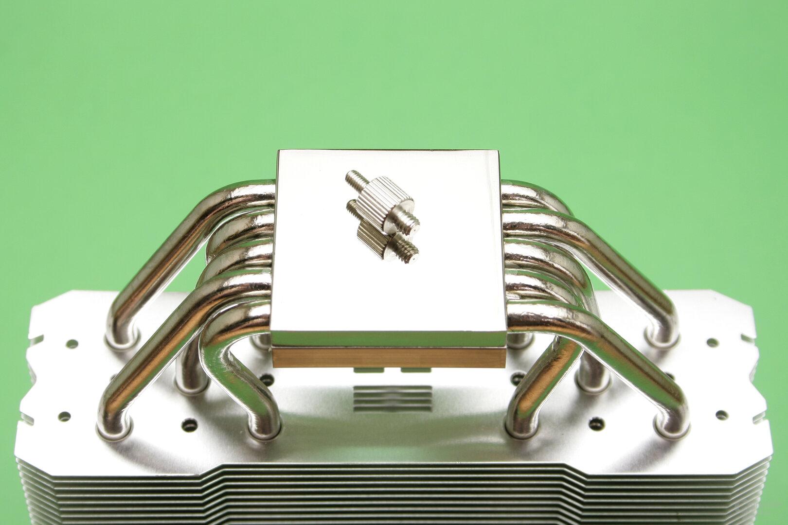 Thermalright TA 140: Vernickelte CPU-Auflagefläche