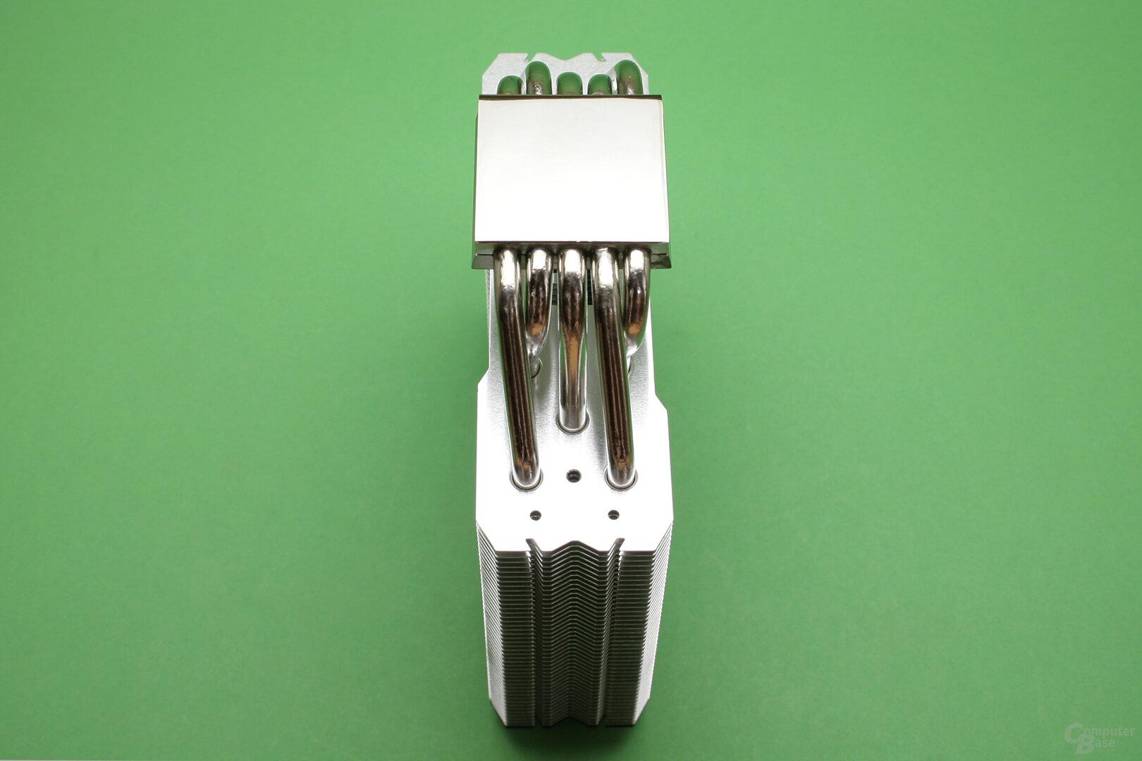 Thermalright TA 140: Der Kühler ist symmetrisch aufgebaut