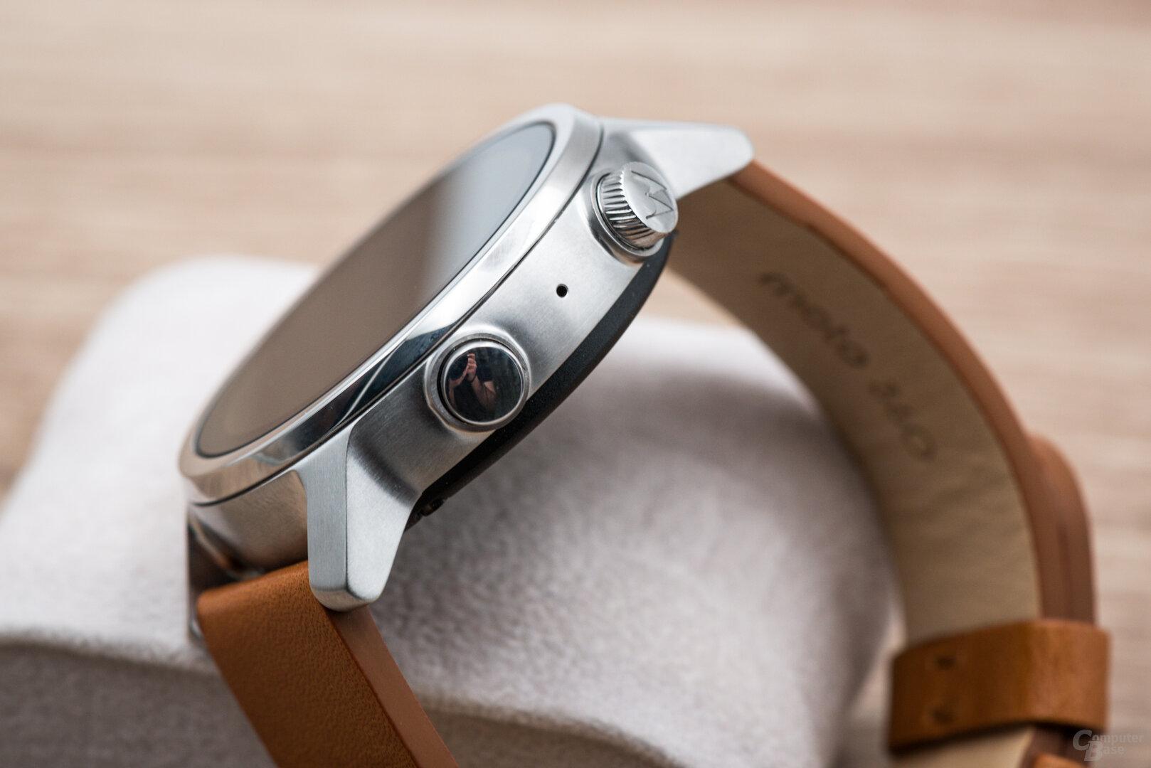 Motorola Moto 360 im Test: Bedienknöpfe