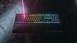 Razer Ornata V2: Mehr Ausstattung für Razers Rubberdome-Tastatur
