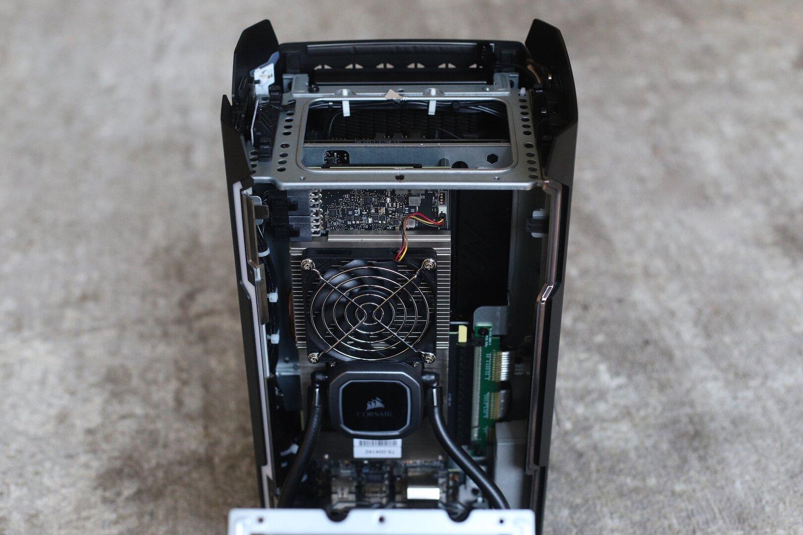 Blick auf die rechte Kammer mit der GPU