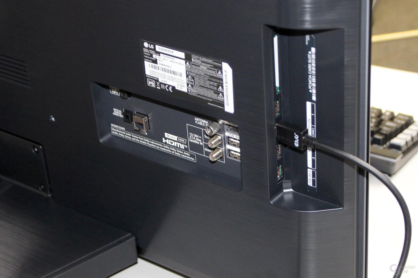 LG OLED 48CX: Anschlüsse hinten und seitlich