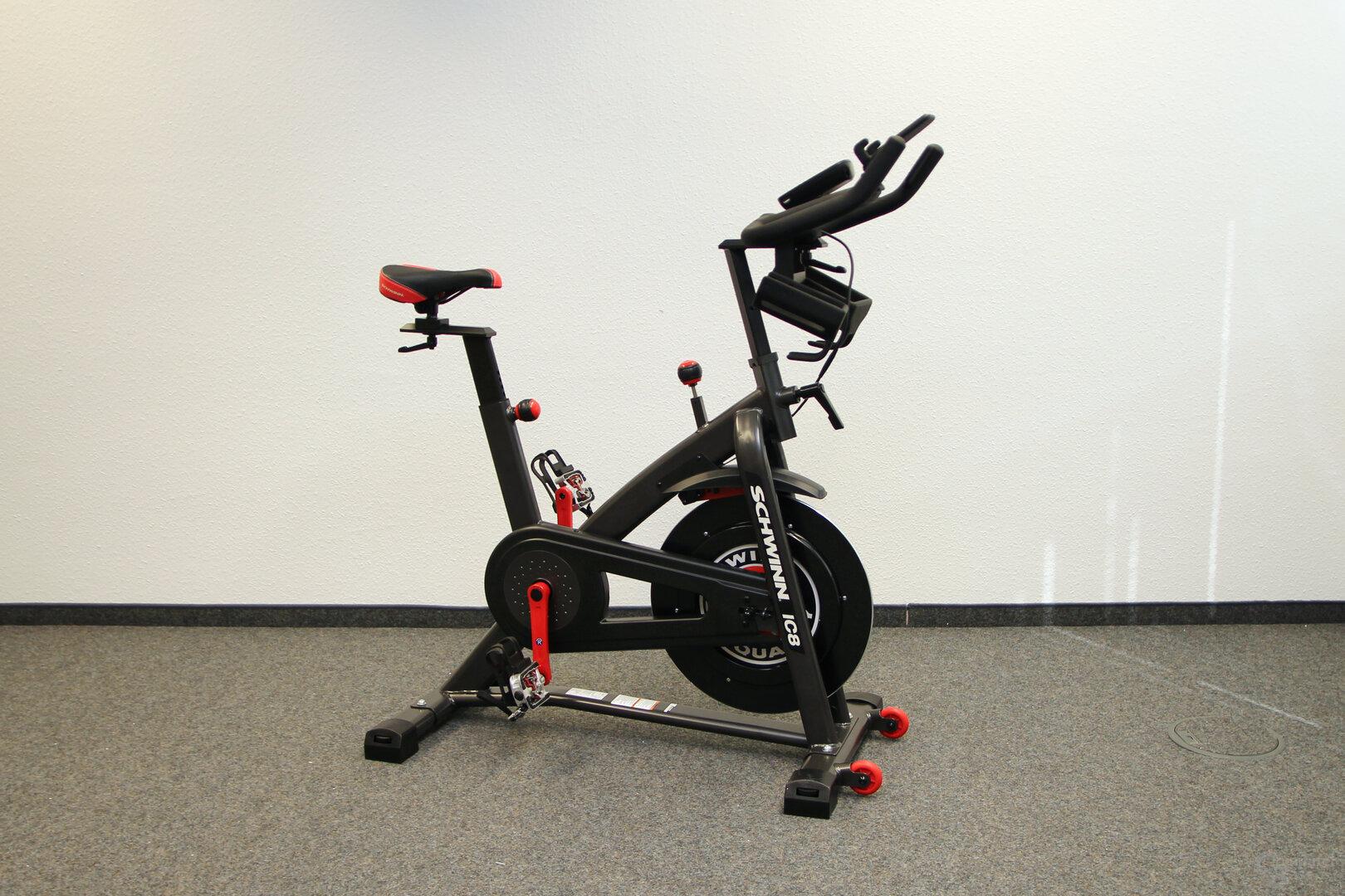 Schwinn IC8 Spinning-Bike