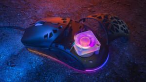 Zephyr: Gelochte Maus bekämpft Schweiß mit RGB-Lüfter