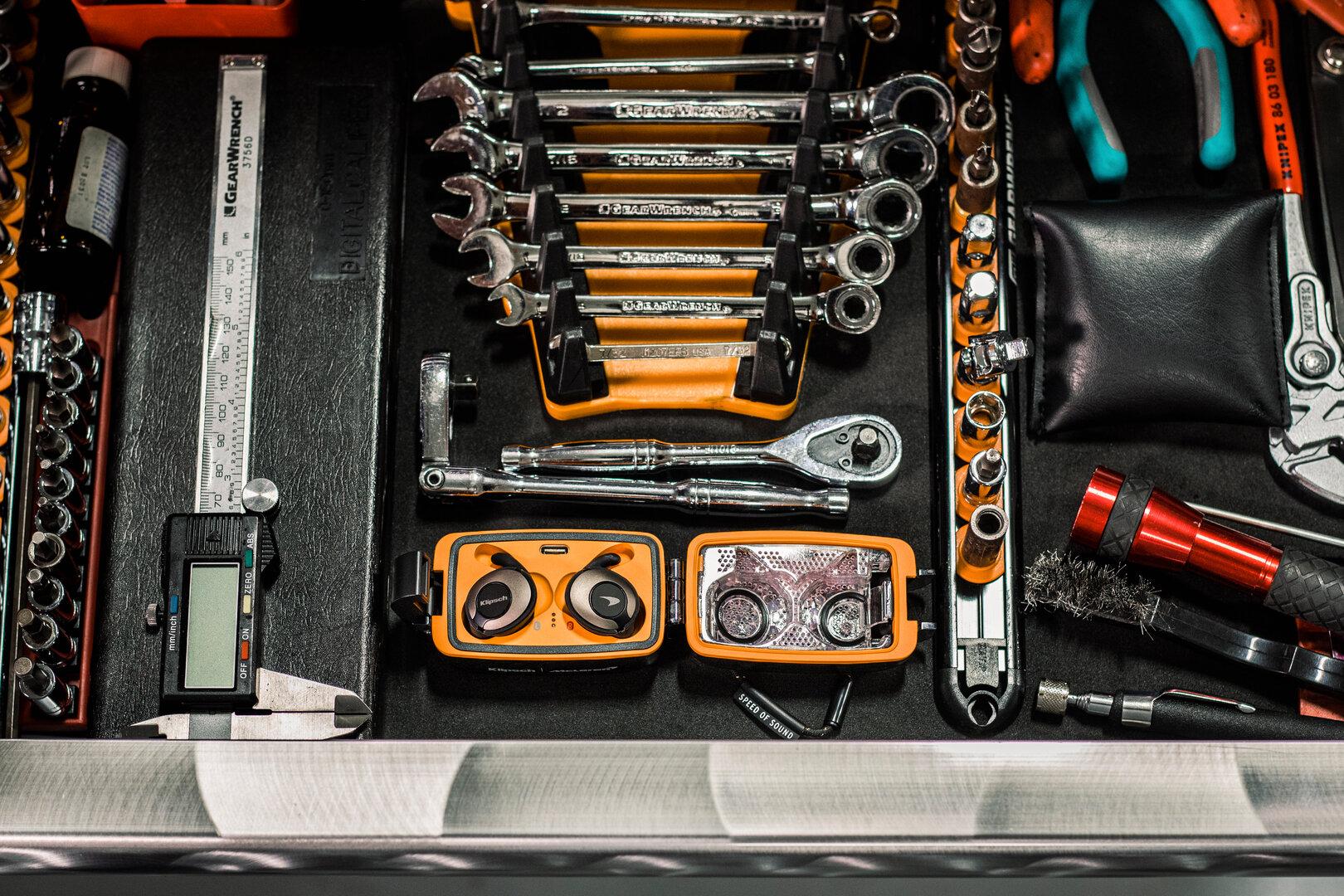 Klipsch T5 True Wireless II Sport McLaren Edition