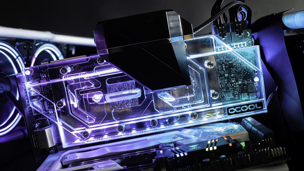 Grafikkarten-Kühler: Alphacools Eiswolf 2 AIO kühlt mit Wasser das gesamte PCB