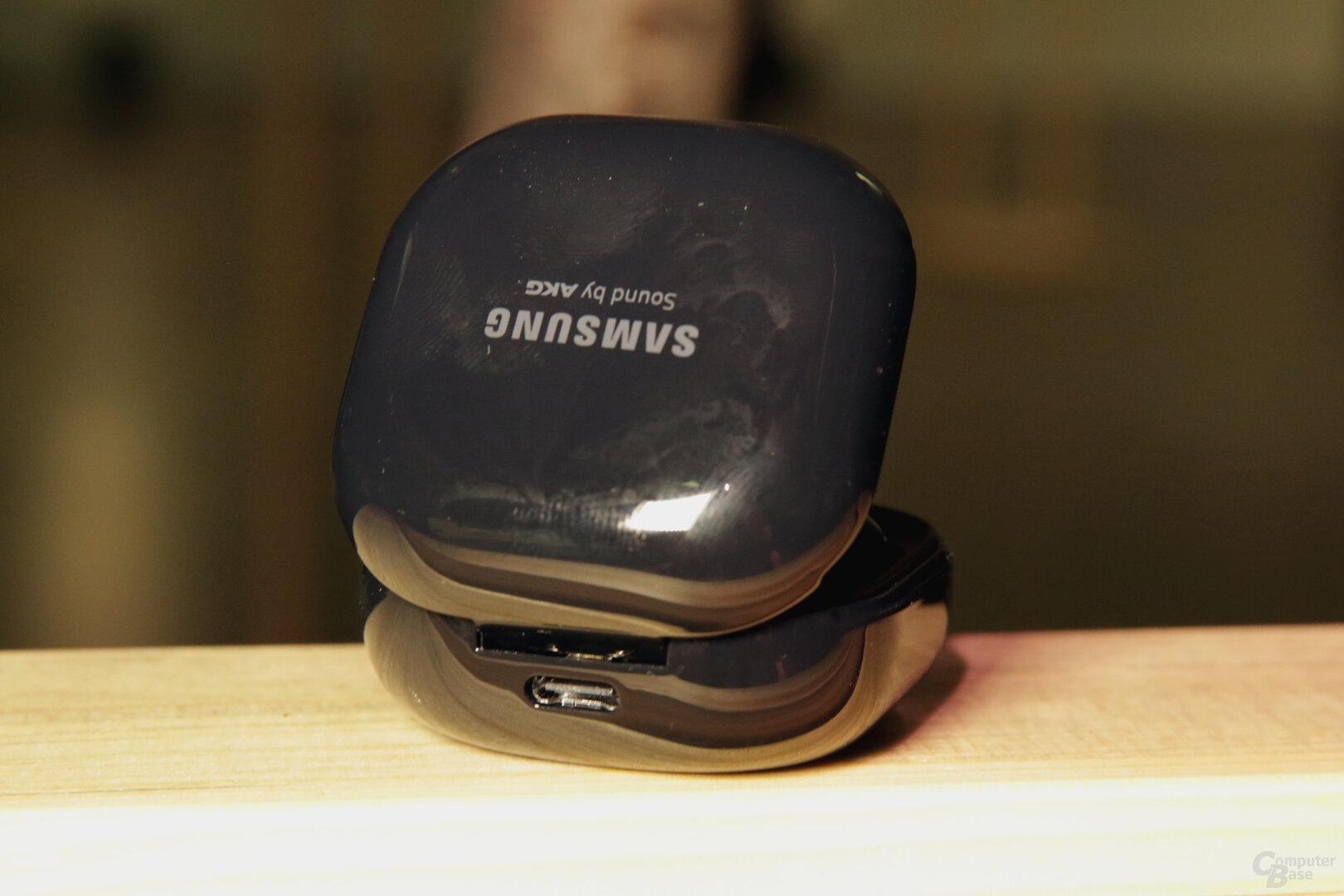 Ladecase mit USB Typ C oder kabellosem Laden