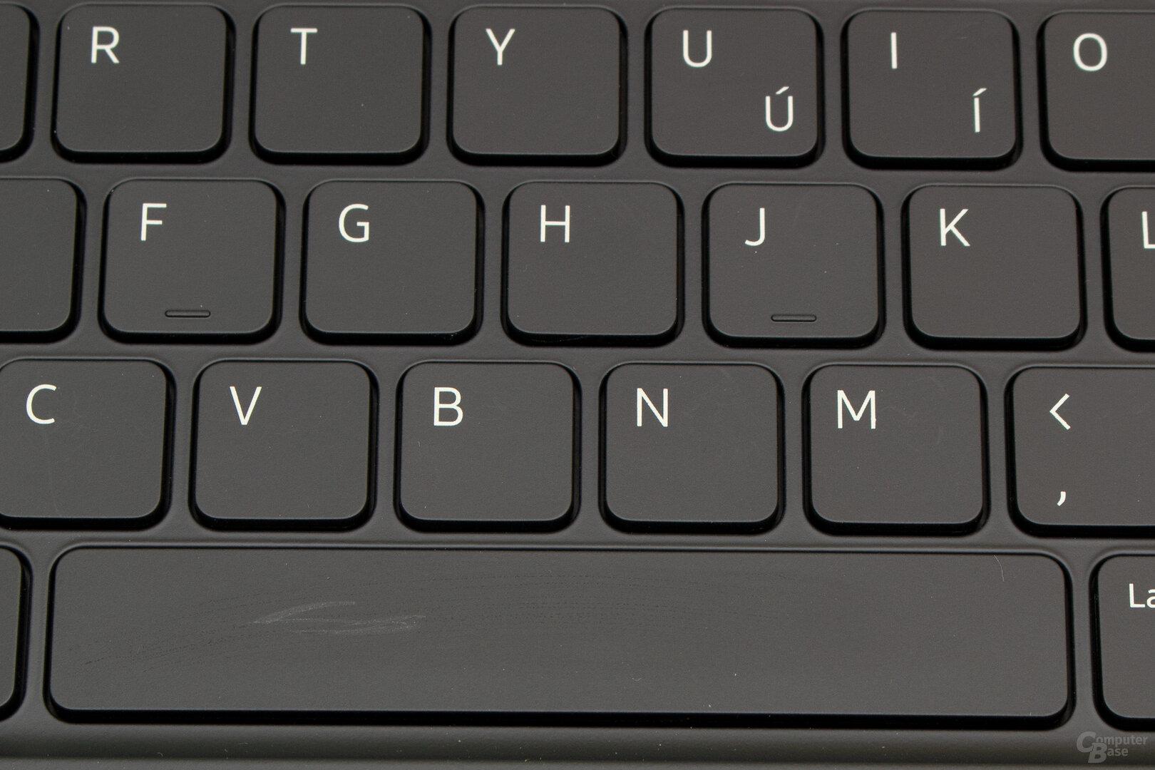 Die Tasten des Book Cover Keyboard verkratzen schnell, was sich aber schnell mit einem feuchten Tuch beheben lässt