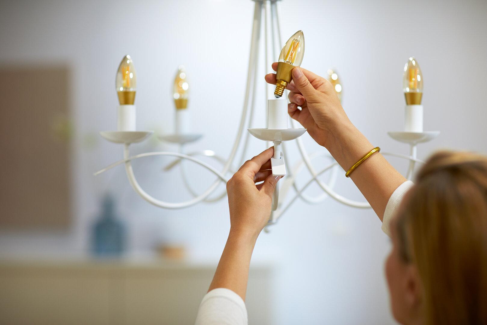 WiZ Filaments E14 C35 Amber