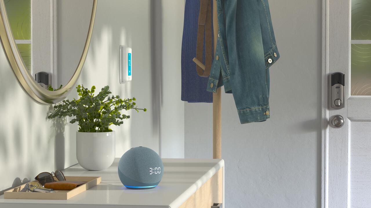 Echo Dot (mit Uhr): Alexa kugelt sich jetzt auch beim Wecker