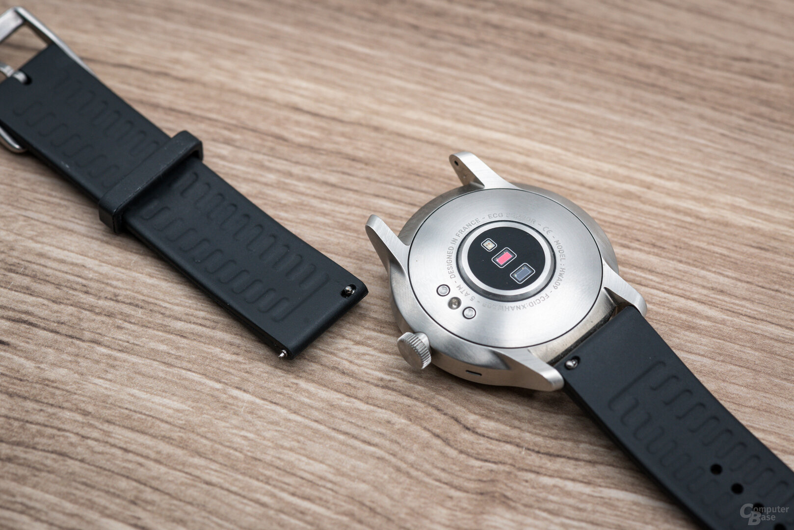 Withings ScanWatch im Test: Armband problemlos wechselbar