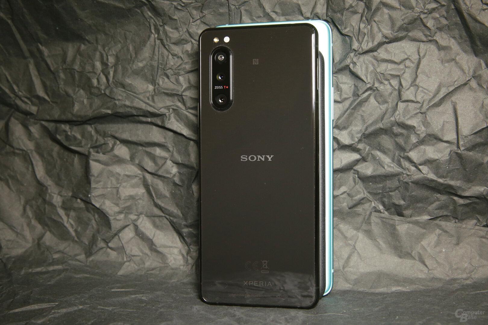 Sony hat mit 68mm die geringste Breite