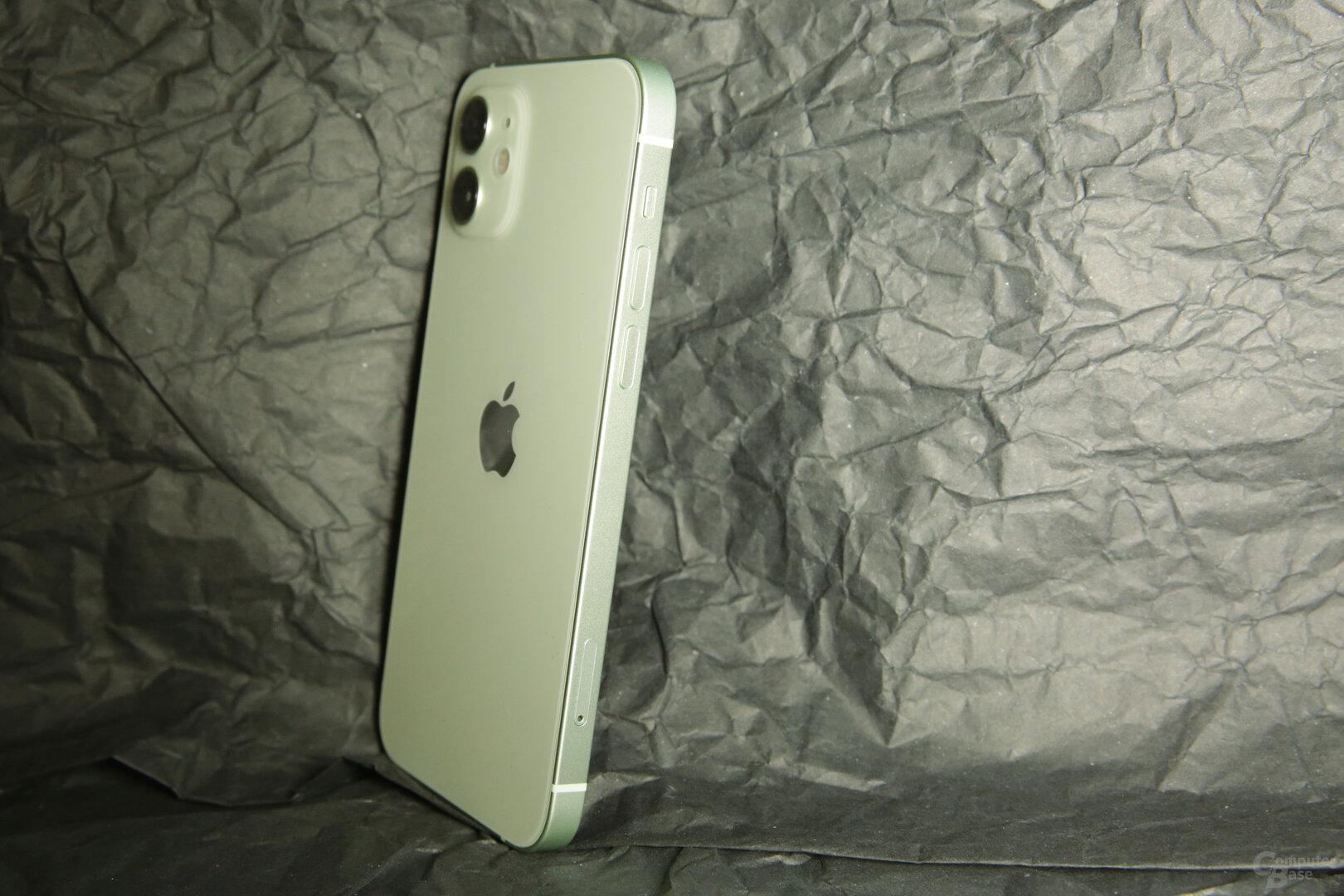 Mattes Aluminium für den Rahmen des iPhone 12