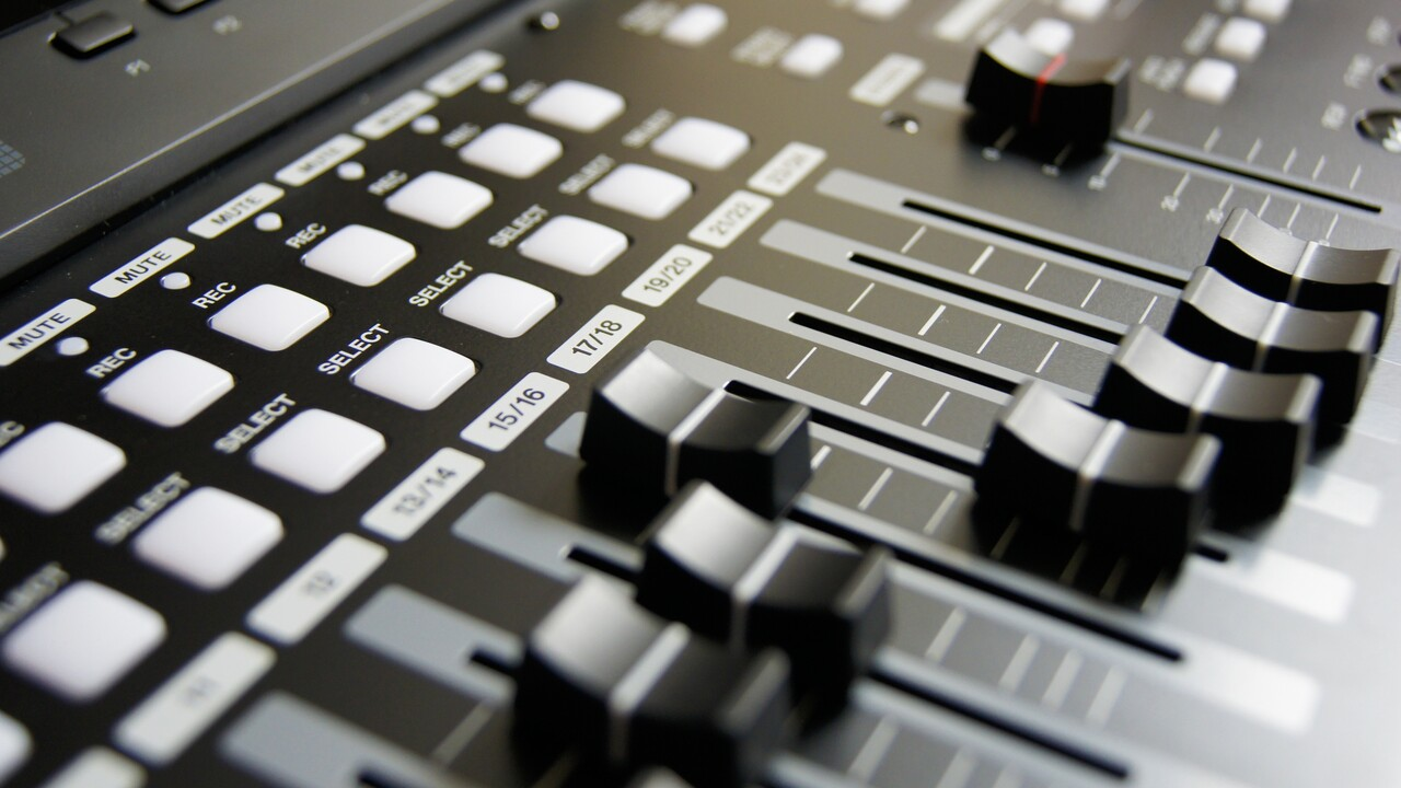 AV Linux 2020.11: Multimedia-Distribution auf MX-Basis für Kreative