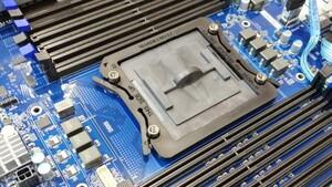 Für Server und Surface: Auch Microsoft entwickelt eigene CPUs auf ARM-Basis