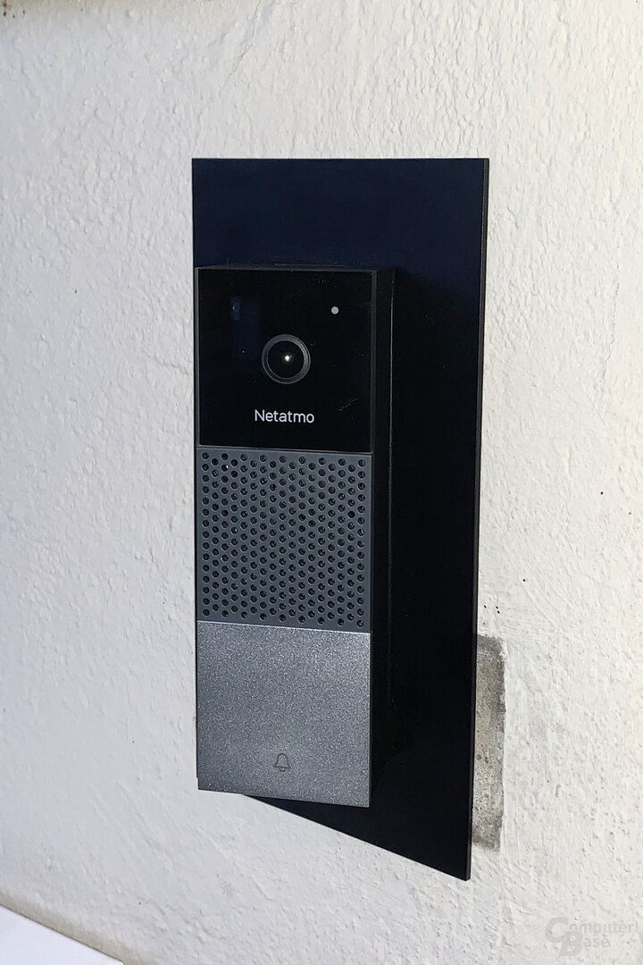 Montage der Netatmo Smart Video Doorbell