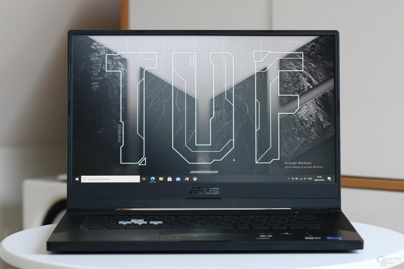 Das Asus TUF Dash F15 mit Core i7-11370H und GeForce RTX 3070 Laptop GPU (85 W)