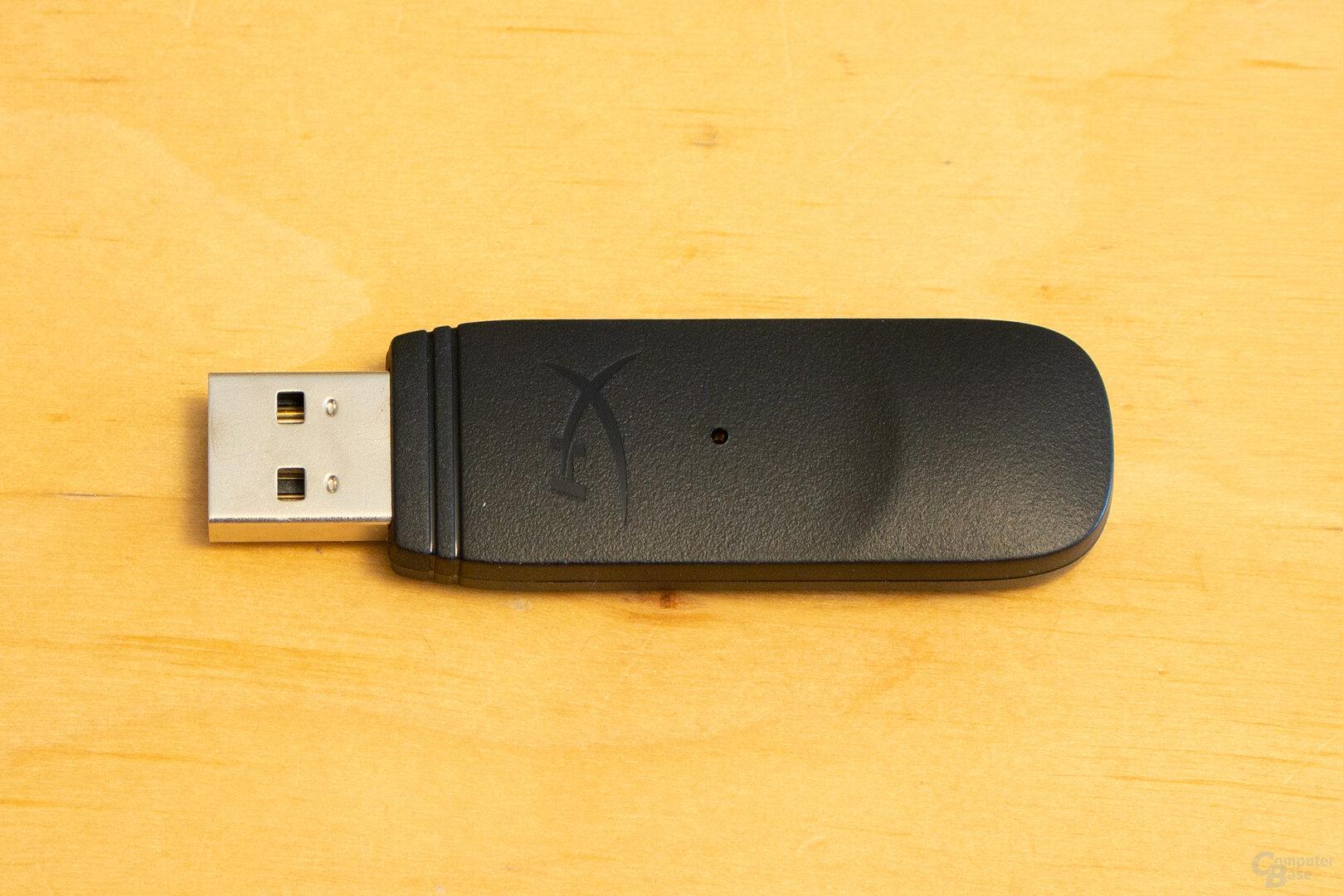 Der USB-Dongle des HyperX Cloud II Wireless