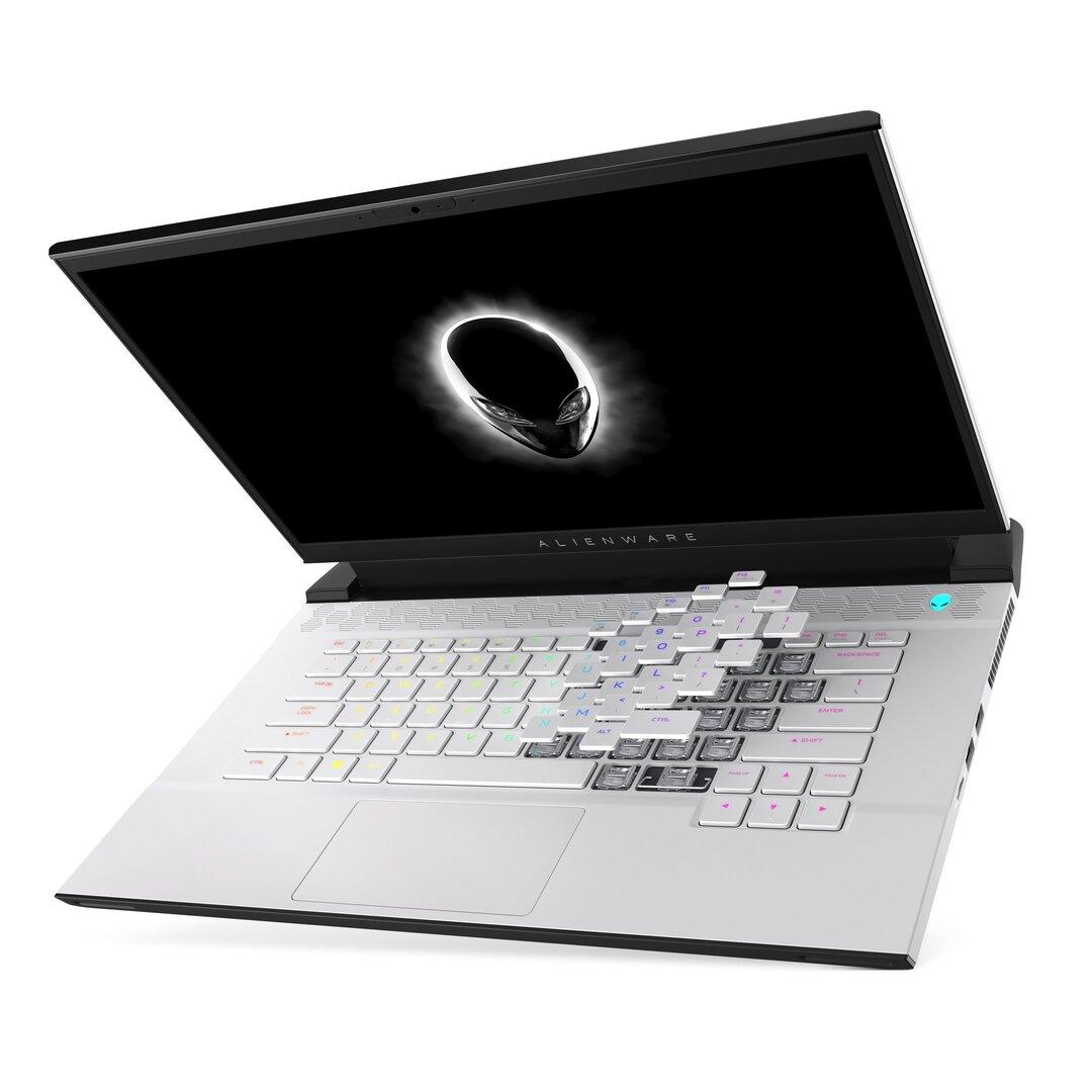 Das Alienware m15 R4 mit Cherry-MX-Tastatur