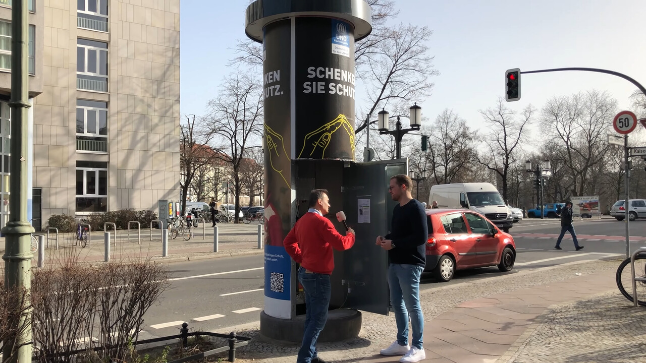 LTE: Deutsche Telekom baut Small Cells in Berliner Litfaßsäulen