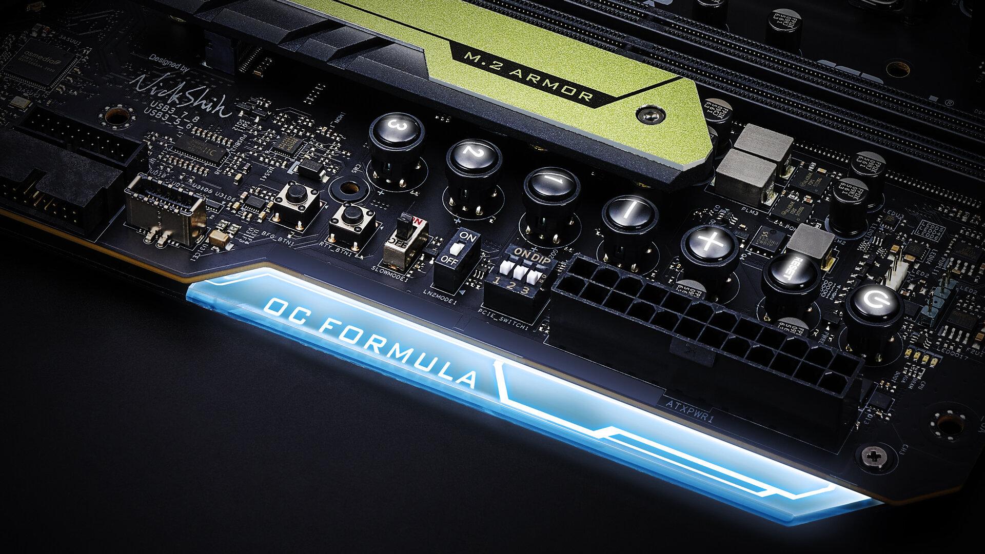 ASRock Z590 OC Formula – OC-Schalter