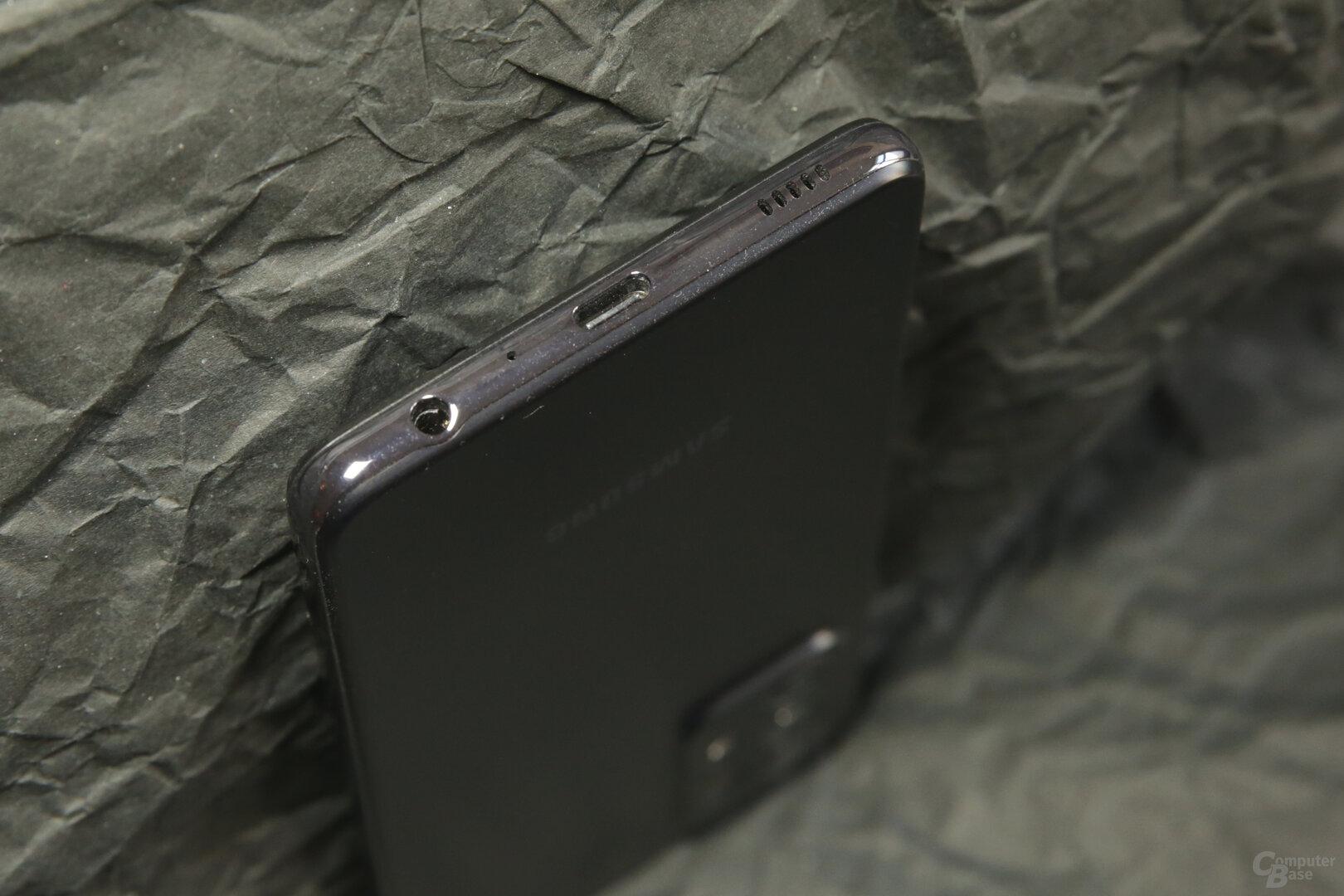 Das Galaxy A52 5G kommt noch mit 3,5-mm-Klinke