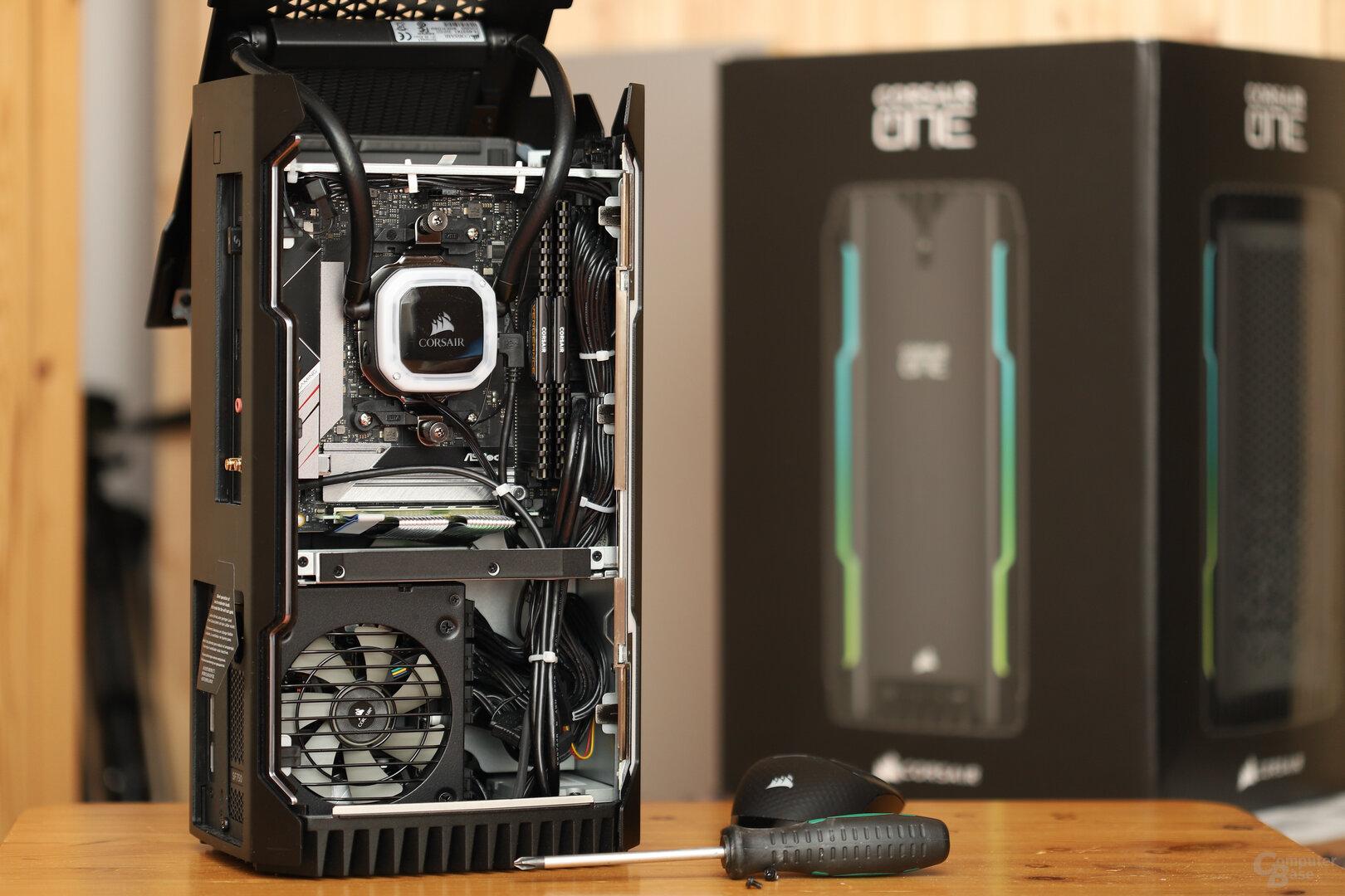 Die linke Kammer für CPU, Netzteil und Speicher