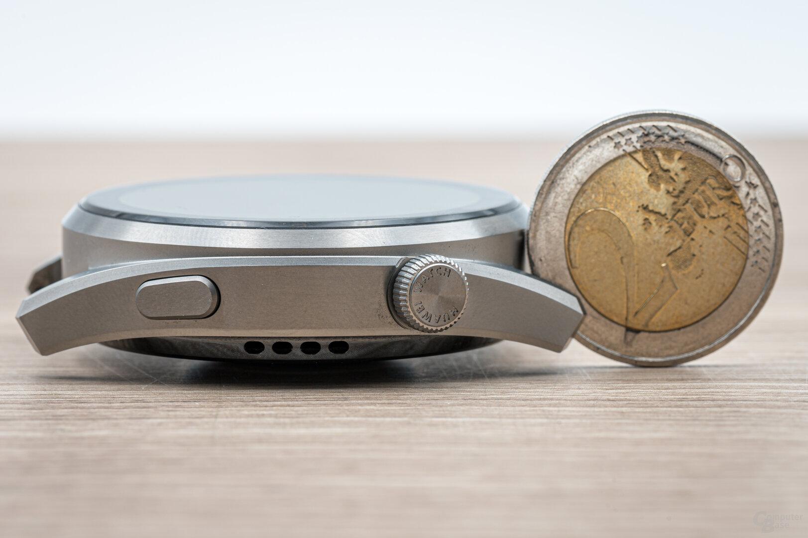 Huawei Watch 3 Pro im Test: Gehäusehöhe von 14 Millimeter