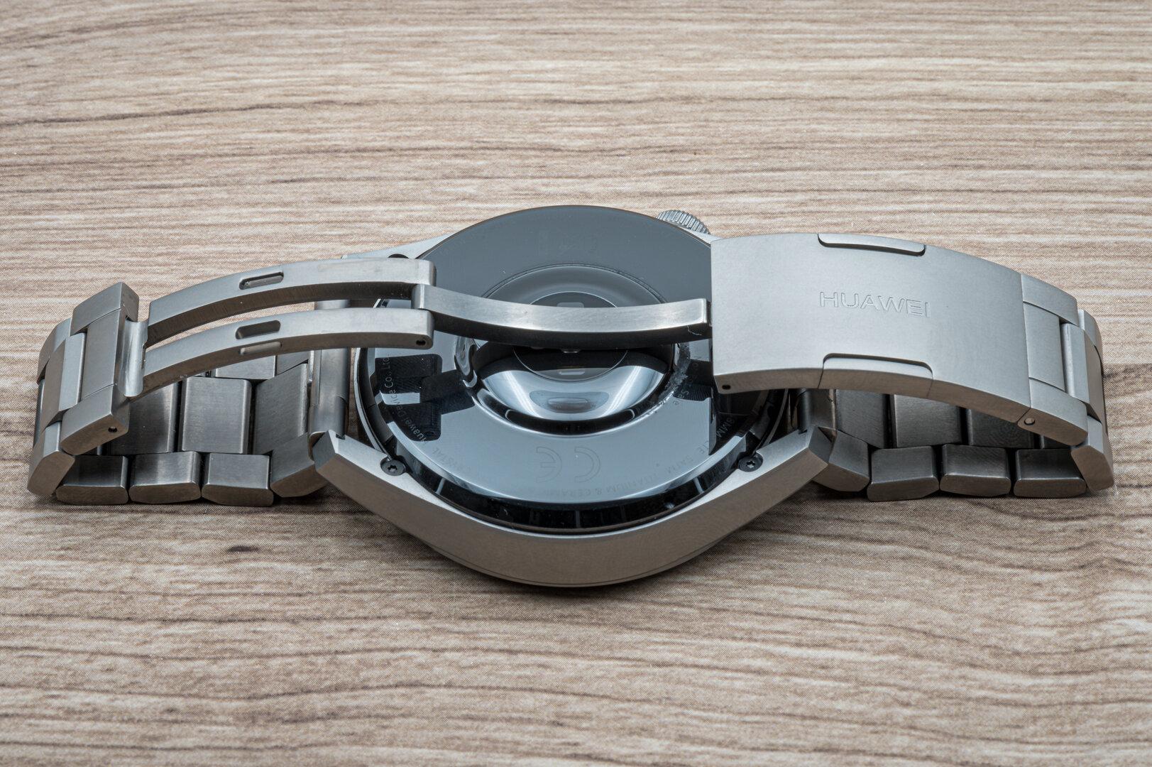 Huawei Watch 3 Pro im Test: Faltschließe