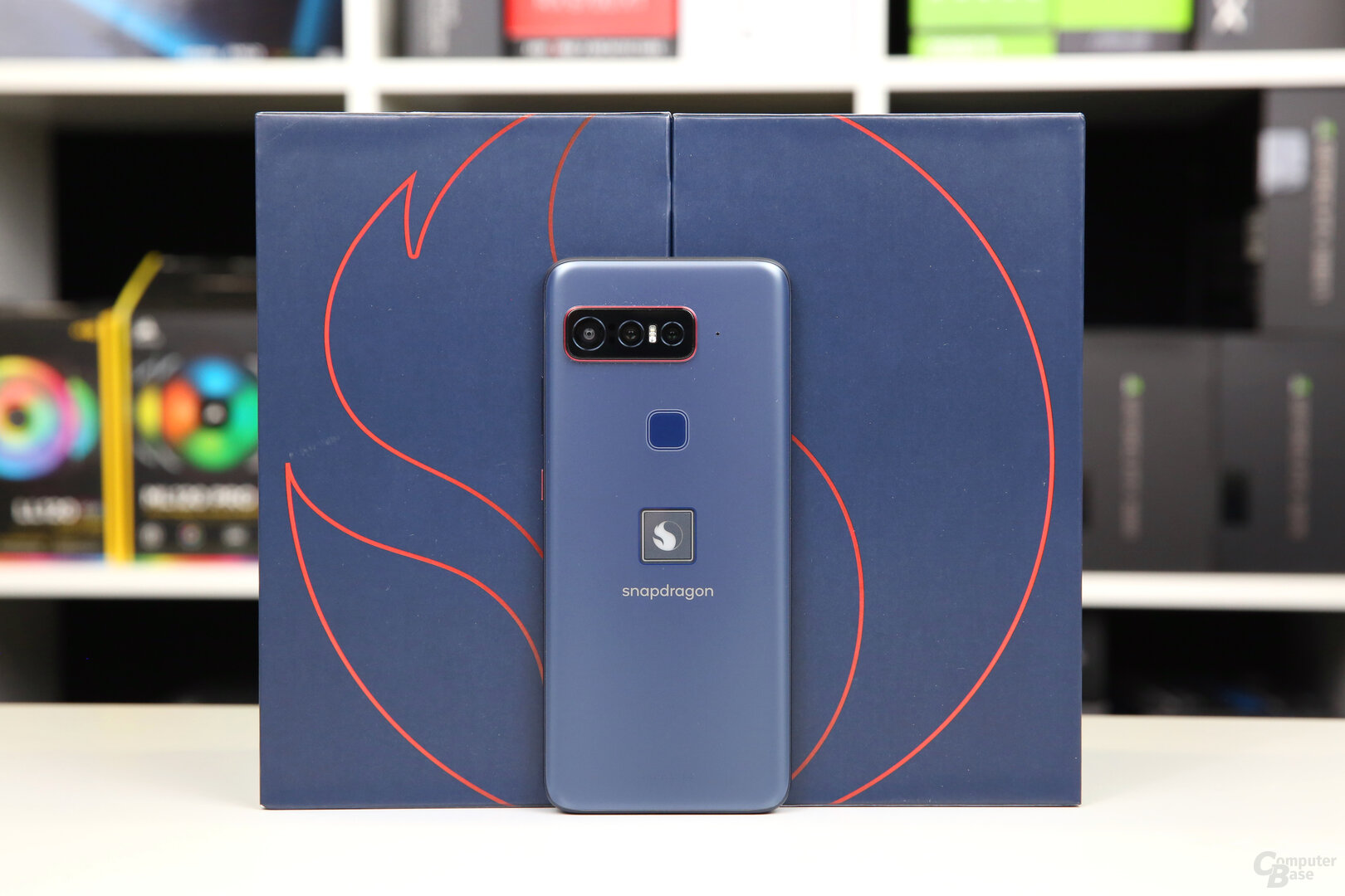 Das Smartphone for Snapdragon Insiders kommt in Mitternachtsblau