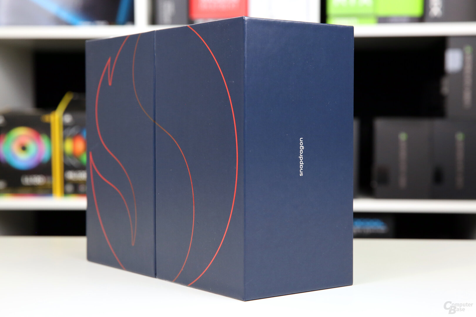 Verpackung des Smartphone for Snapdragon Insiders