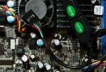 asrock_e350m1_und_antec_fusion_remote_max.jpg